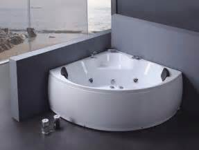 Jetted Bathtubs Small Spaces by European Small Bathtubs Buy Small Bathtubs Corner Tub