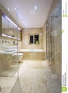 Salle De Bain Image : salle de bains moderne photo stock image du appartement 23495056 ~ Melissatoandfro.com Idées de Décoration