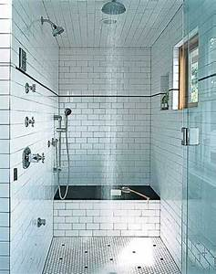 Große Fliesen Kleines Bad : 50 wundersch ne bad fliesen ideen ~ Sanjose-hotels-ca.com Haus und Dekorationen