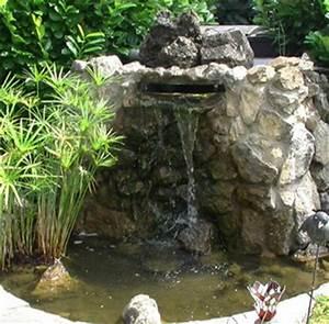Wasserfall Im Garten Selber Bauen : teichbau mit bachlauf ~ Eleganceandgraceweddings.com Haus und Dekorationen