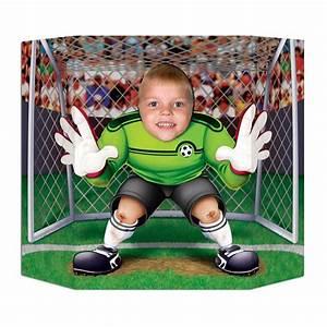 But Foot Enfant : fun photo foot goal pour l 39 anniversaire de votre enfant annikids anniv 7 ans pinterest ~ Teatrodelosmanantiales.com Idées de Décoration