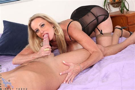 Cassy Torri Hot Sexy Fit Mom Photo Album By Oneonly80