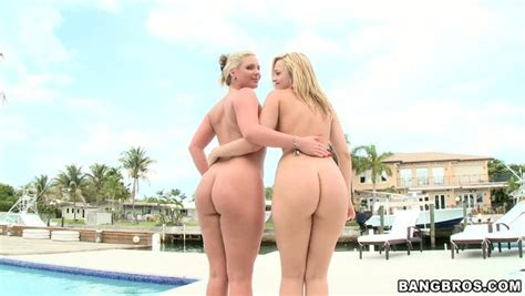 Bootylicious Blondes Alexis Texas And Phoenix Marie