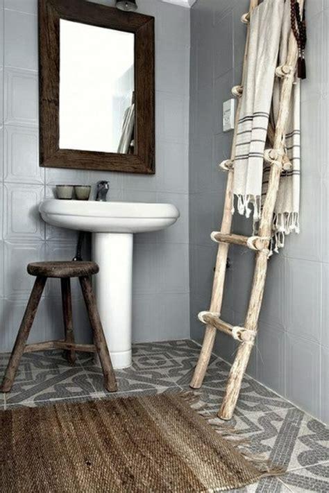 Badmöbel Holz Rattan handtuchleiter holz 35 reizende badezimmer im landhausstil