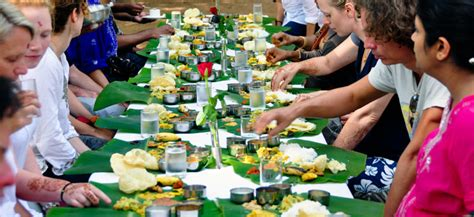 consulting cuisine why south indian s prefer to food in banana leaf