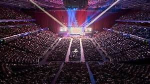 Foh Engineer Jpj Audio Have A Laugh With Russell Peters Qudos Arena