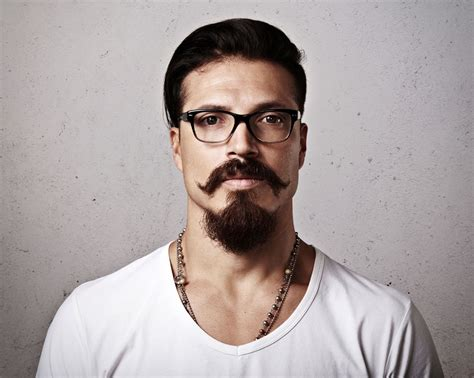 10 Super Attractive Beard Styles That Add Character And
