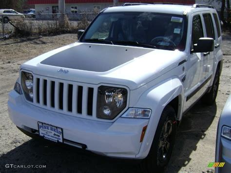 jeep liberty arctic blue 2012 bright white jeep liberty arctic edition 4x4