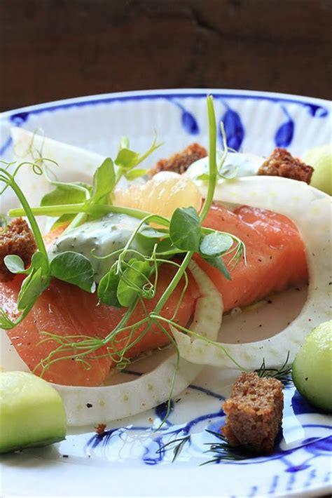 cuisiner saumon entier recette danoise du saumon au sel cuisine scandinave