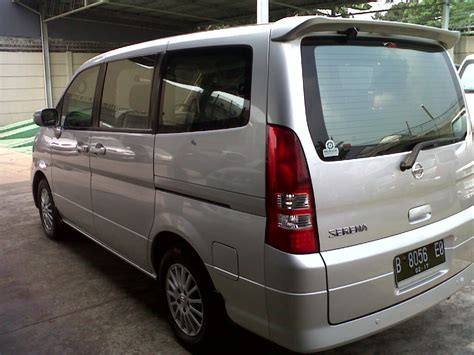 Nissan Serena Photo by Nissan Serena 2009 Photo Gallery 3 10