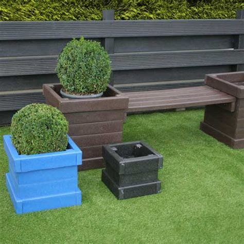sculpted planters shelters4less