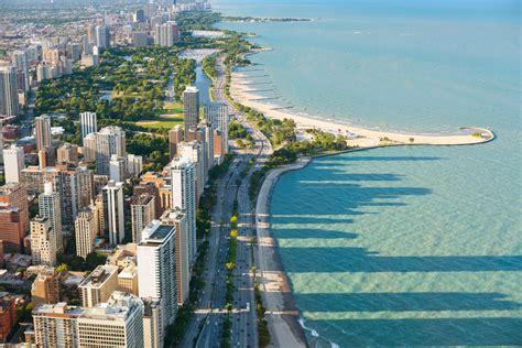 Lake Michigan Facts: History, Depth & Temperature