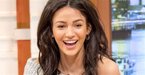 Michelle Keegan Ditches Long Hair For Sleek Shoulder