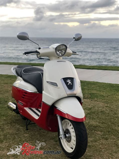 Review Peugeot Django 150 by Review 2019 Peugeot Django 150 Scooter Bike Review