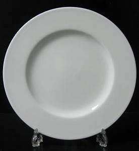 Assiette Plate Blanche : assiette porcelaine blanche viva table destockage grossiste ~ Teatrodelosmanantiales.com Idées de Décoration
