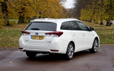 extended test  toyota auris hybrid touring sports