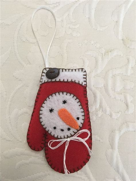 329 best images about christmas crafts on pinterest felt ornaments felt owls and gingerbread man