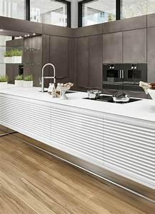 Schwarze Hochglanz Küche : 59 besten k che matt bilder auf pinterest arbeitsplatte design k chen und k chen ~ Sanjose-hotels-ca.com Haus und Dekorationen