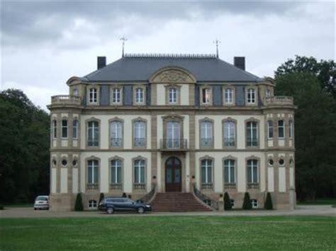 The end of the 16th century is a painful time. Sur la trace des Bugatti N°6 : Le Château St-Jean #Dorlisheim #67 #67120 https://bit.ly/ybFOHn