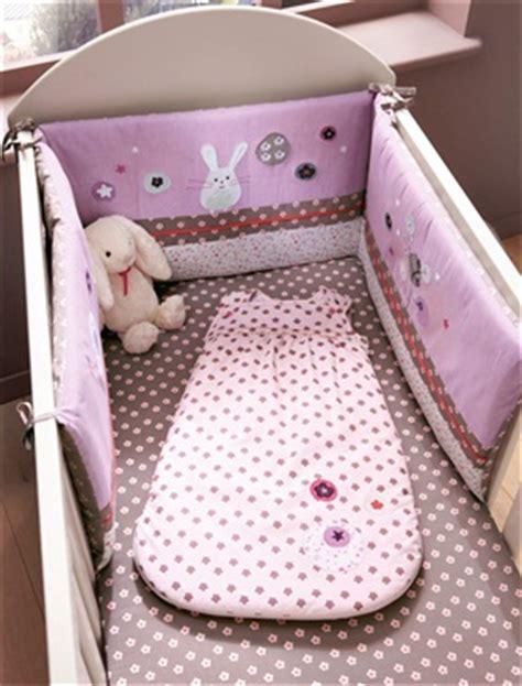 tour de lit violet bebe tour de lit brode bebe chambre fleurettes vertbaudet acheter ce produit au meilleur prix