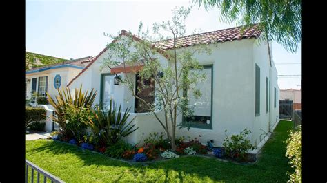 Spanish Style Bungalow In Belmont Shore (long Beach, Ca