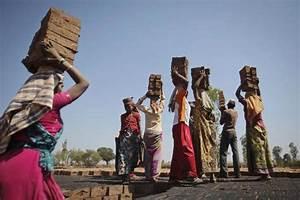 Survey makes case for labour law reforms - Livemint