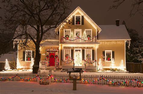 christmas lights houses near merry christmas via image 1207235 by korshun