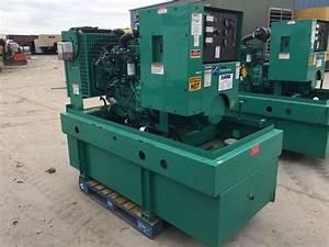 U201335 Kw Cummins  Onan Generator  Base Fuel Tank  12 Lead