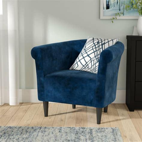 fauteuil tonneau le meuble sophistique pour votre interieur