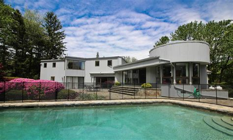 Houses Houses For Sale Homes With Swimming Pool For Sale In Westport Ct Find And