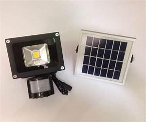 Projecteur Led Exterieur Puissant : projecteur solaire puissant 5 w led 500 lumens blanc chaud projecteurs solaires objetsolaire ~ Nature-et-papiers.com Idées de Décoration