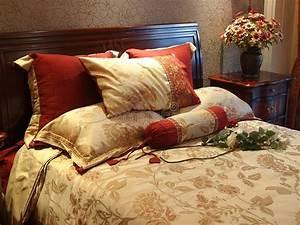 Bett Im Wohnzimmer : buntes bett wohnzimmer stockbild bild von phasen kissen 22043675 ~ Markanthonyermac.com Haus und Dekorationen