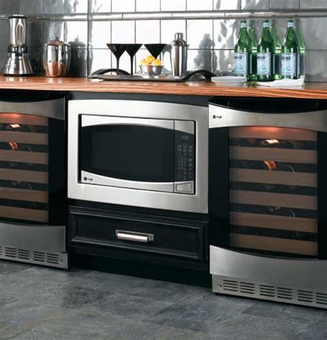 ge peb  cu ft countertop microwave oven   watts  sensor settings  power