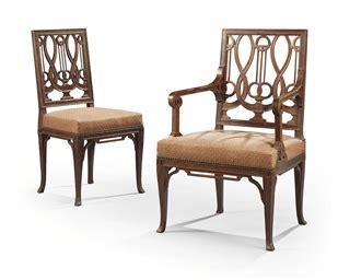 chaise et fauteuil de style louis xvi en suite dans le gout de georges jacob xxeme siecle