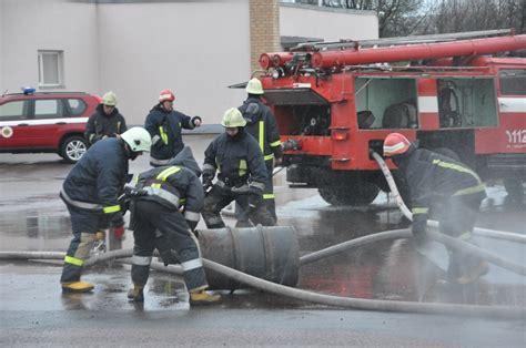 Imitētais ugunsgrēks naftas terminālī