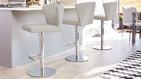 Black Chrome Bar Stool With Backrest