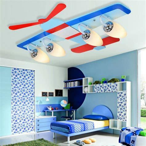 chambre garcon avion le lustre chambre enfant qui vous fait rêver archzine fr