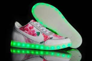 Wholesale 1:1 quality NIKE LED shoes light shoes nike air ...