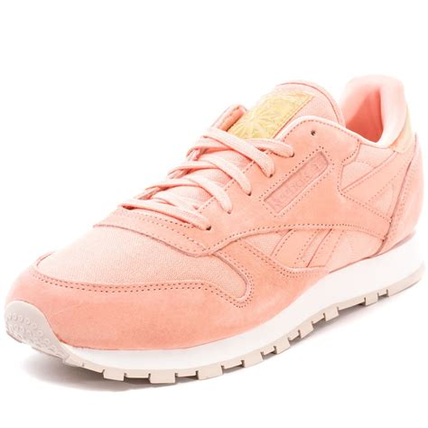 light pink reebok classics reebok classic leather transform womens trainers in light pink