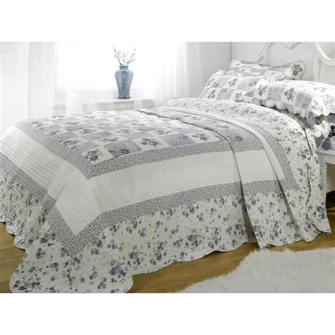 King Quilted Bedspread by King Size Blue Floral Patchwork Quilted Bedspread Throw
