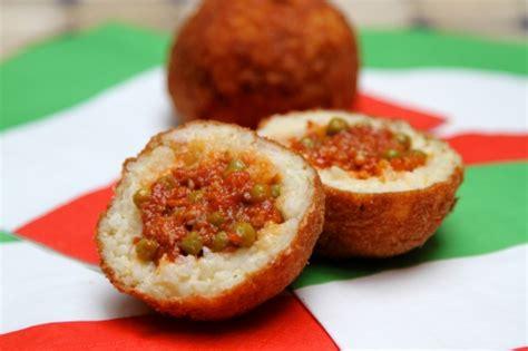 cuisine sicilienne arancini arancini boules de riz à la sicilienne la cuisine à