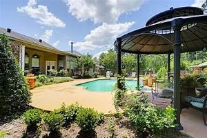 Home for Sale Mandeville LA:Cozy Oasis! 149 Dunleith Ln