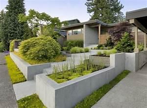 Pflanzen Kübel Beton : vorgarten anlegen hochbeeten aus beton und immergr ne pflanzen outdoor pinterest garten ~ Markanthonyermac.com Haus und Dekorationen