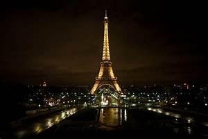 Paris: Paris Eiffel Tower at Night