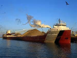 the sinking of the edmund fitzgerald and aliens