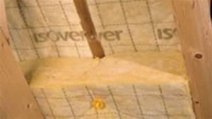 Pose Laine De Verre 2 Couches : isolation thermique des combles isolation grenier toiture ~ Melissatoandfro.com Idées de Décoration