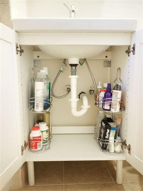 Diy Small Bathroom Storage Ideas by Best 25 Bathroom Storage Solutions Ideas On