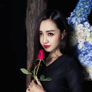 杨蓉 - QQ音乐-千万正版音乐海量无损曲库新歌热歌天天畅听的高品质音乐平台!