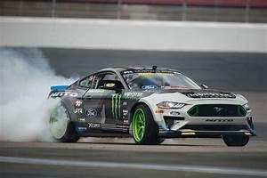 Logano & Gittin Welcome The NASCAR Mustang With A Big, Smoky Drift
