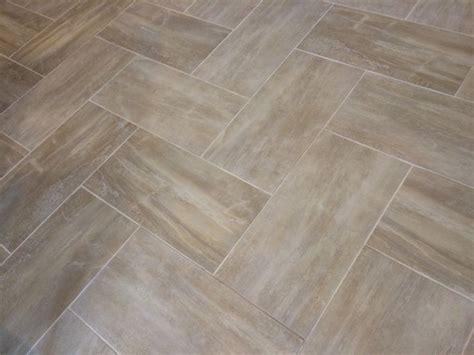 rectangle tile floor patterns 67 best images about pavimenti on pinterest faux wood tiles tile flooring and model homes
